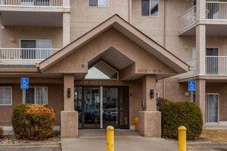 Photo 2: 329 16221 95 Street in Edmonton: Zone 28 Condo for sale : MLS®# E4250515