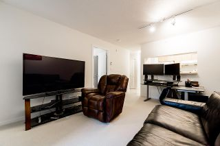 """Photo 5: 202 3638 VANNESS Avenue in Vancouver: Collingwood VE Condo for sale in """"THE BRIO"""" (Vancouver East)  : MLS®# R2413902"""