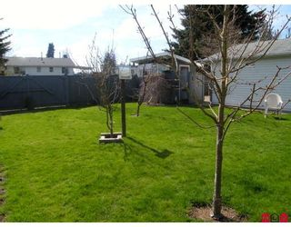 Photo 10: 14700 107TH Avenue in Surrey: Guildford House for sale (North Surrey)  : MLS®# F2907615