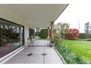 Photo 19: 8526 Lochside Dr in NORTH SAANICH: NS Bazan Bay House for sale (North Saanich)  : MLS®# 695746