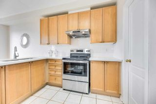 Photo 8: 4966 Southampton Drive in Mississauga: Churchill Meadows House (3-Storey) for sale : MLS®# W5166660