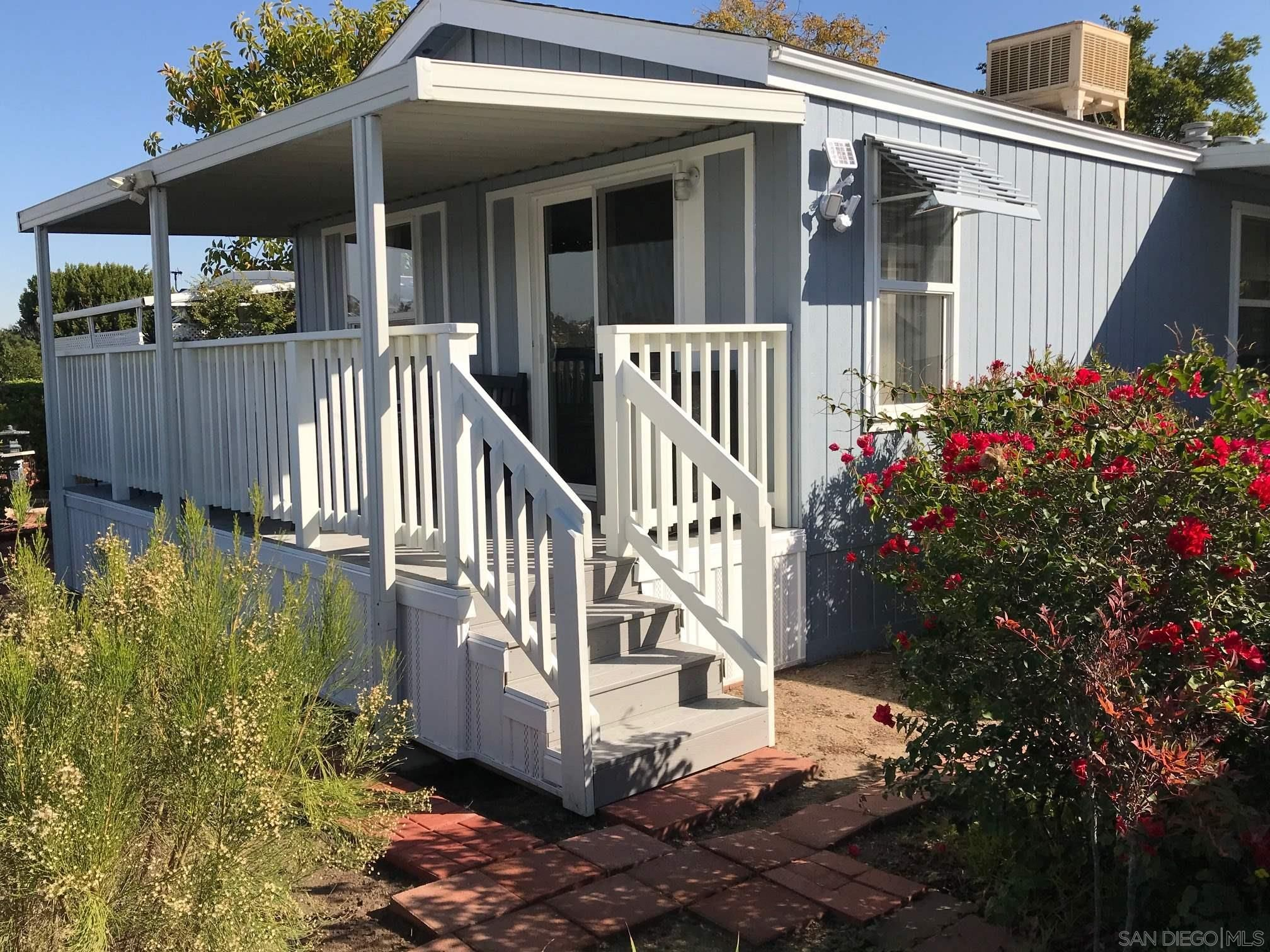 Main Photo: SAN DIEGO Manufactured Home for sale : 2 bedrooms : 4792 1/2 Old Cliffs Rd.