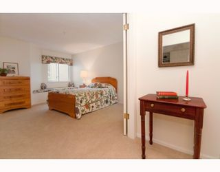 """Photo 6: 305 7520 COLUMBIA Street in Vancouver: Marpole Condo for sale in """"SPRINGS AT LANGARA"""" (Vancouver West)  : MLS®# V774014"""