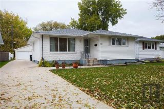Photo 1: 90 Wharton Boulevard in Winnipeg: Heritage Park Residential for sale (5H)  : MLS®# 1827166