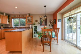 Photo 16: 1003 Kingsley Cres in : CV Comox (Town of) House for sale (Comox Valley)  : MLS®# 886032