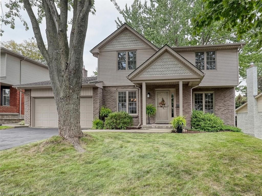 Main Photo: 91 GREENBRIER Crescent in London: South N Residential for sale (South)  : MLS®# 40165293