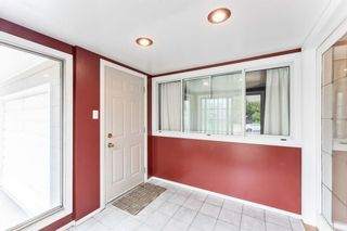 Photo 2: 2827 63 Avenue SW in Calgary: Lakeview Detached for sale : MLS®# A1110587