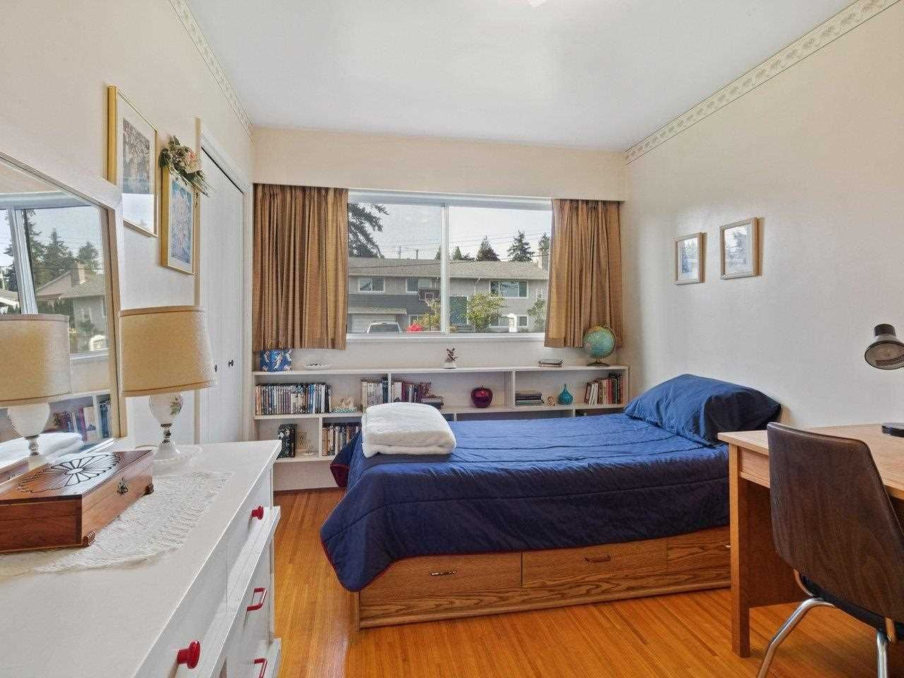 Photo 15: Photos: 1510 CHARLAND Avenue in Coquitlam: Central Coquitlam House for sale : MLS®# R2577681