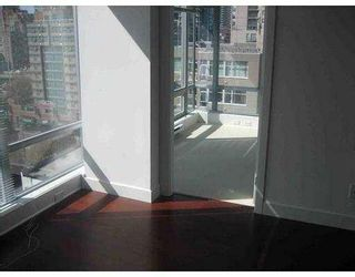 "Photo 6: 1204 1255 SEYMOUR Street in Vancouver: Downtown VW Condo for sale in ""ELAN"" (Vancouver West)  : MLS®# V781955"