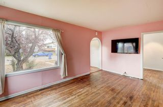 Photo 5: 2418 Westmount Road NW in Calgary: West Hillhurst Detached for sale : MLS®# A1154333