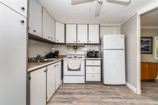 """Photo 8: 28 3942 COLUMBIA VALLEY Road: Cultus Lake Manufactured Home for sale in """"Cultus Lake Village"""" : MLS®# R2589511"""