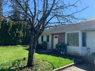 Photo 3: 17868 60 Avenue in Surrey: Cloverdale BC House for sale (Cloverdale)  : MLS®# R2563954
