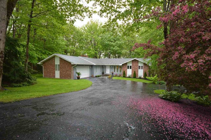FEATURED LISTING: 235 HOWE Avenue Fall River