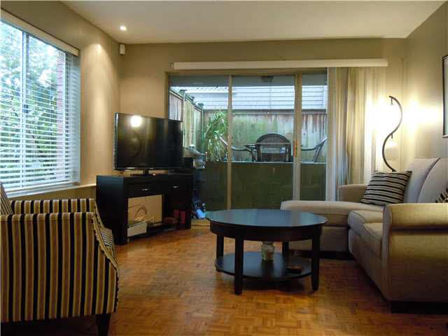 Photo 2: Photos: 109 2211 W 5TH Avenue in Vancouver: Kitsilano Condo for sale (Vancouver West)  : MLS®# V1090915
