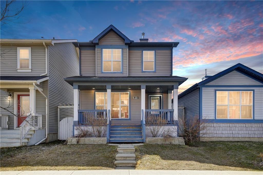Main Photo: 29 PRESTWICK Mount SE in Calgary: McKenzie Towne House for sale : MLS®# C4178607