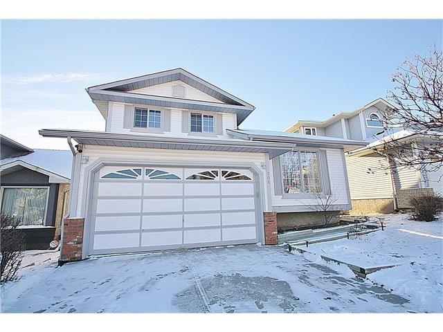 Main Photo: 108 CHRISTIE PARK Hill(S) SW in Calgary: Christie Park Estate House for sale : MLS®# C4040428