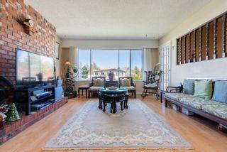 Photo 2: 3440 SPRINGTHORNE CRESCENT in Richmond: Steveston North 1/2 Duplex for sale : MLS®# R2570110