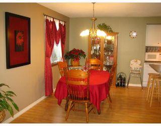 Photo 3: 456 SMITHFIELD Avenue in WINNIPEG: West Kildonan / Garden City Residential for sale (North West Winnipeg)  : MLS®# 2800171