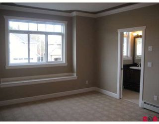 """Photo 5: 2720 CARRIAGE Court in Abbotsford: Aberdeen House for sale in """"Castlemore Estates"""" : MLS®# F2810899"""