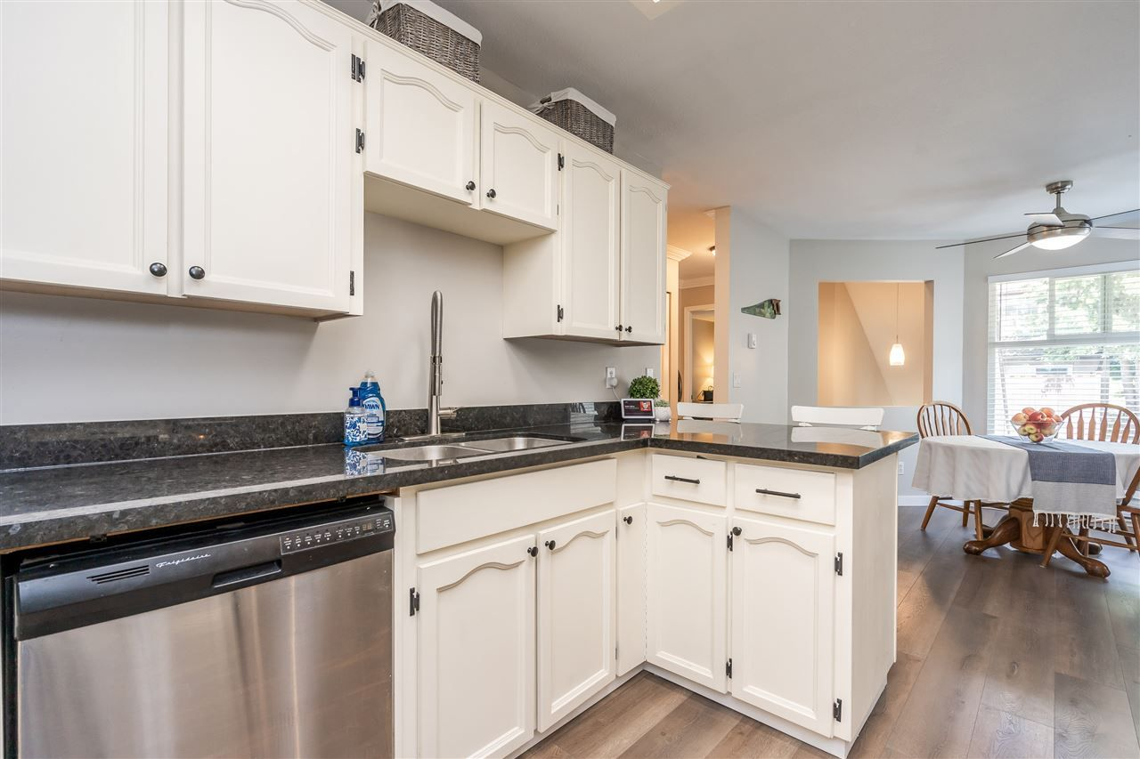 """Photo 8: Photos: 506 11726 225 Street in Maple Ridge: East Central Townhouse for sale in """"Royal Terrace"""" : MLS®# R2459104"""