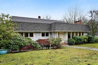 """Photo 1: 4305 LOCARNO Crescent in Vancouver: Point Grey House for sale in """"POINT GREY"""" (Vancouver West)  : MLS®# R2029237"""