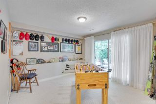 """Photo 27: 9264 GOLDHURST Terrace in Burnaby: Forest Hills BN Townhouse for sale in """"Copper Hill"""" (Burnaby North)  : MLS®# R2287612"""