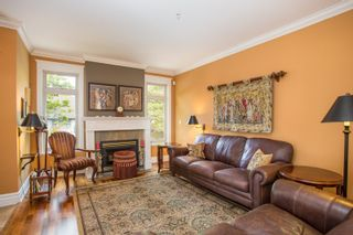 Photo 2: 718 W 14TH Avenue in Vancouver: Fairview VW Townhouse for sale (Vancouver West)  : MLS®# R2363725