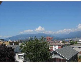 """Photo 9: 1730 E GEORGIA Street in Vancouver: Hastings Townhouse for sale in """"GEORGIA COURT"""" (Vancouver East)  : MLS®# V682449"""