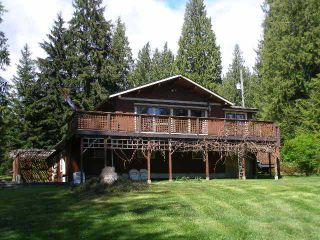Photo 2: 2703 ROBINSON RD: Roberts Creek House for sale (Sunshine Coast)  : MLS®# V887356