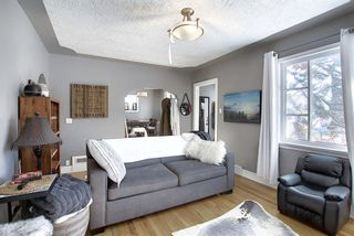 Photo 13: 1728 17 Avenue SW in Calgary: Scarboro Detached for sale : MLS®# A1070512