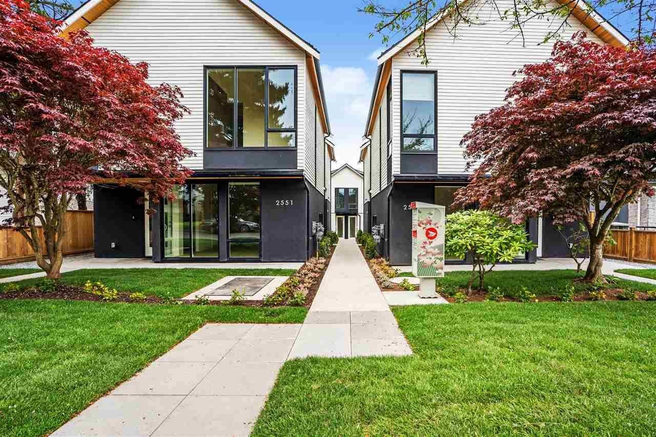 """Main Photo: 2559 E 40TH Avenue in Vancouver: Collingwood VE Townhouse for sale in """"East 40th"""" (Vancouver East)  : MLS®# R2593503"""