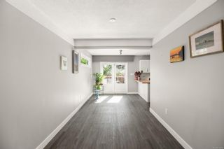 Photo 7: 3192 Shakespeare St in : Vi Oaklands House for sale (Victoria)  : MLS®# 878494