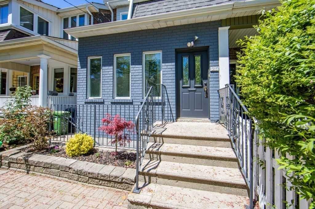 Main Photo: 28 Fulton Avenue in Toronto: Playter Estates-Danforth House (2-Storey) for sale (Toronto E03)  : MLS®# E5254094