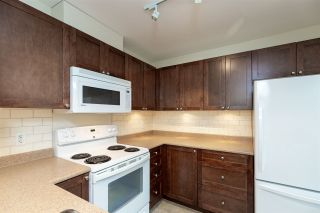 """Photo 10: 428 2980 PRINCESS Crescent in Coquitlam: Canyon Springs Condo for sale in """"Montclaire"""" : MLS®# R2565811"""
