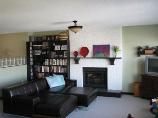 Photo 2: 97 GLYNDE Avenue in Burnaby: Capitol Hill BN House for sale (Burnaby North)  : MLS®# V816717