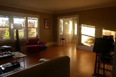 Photo 3: Photos: 4388 CYPRESS STREET in 1: Home for sale
