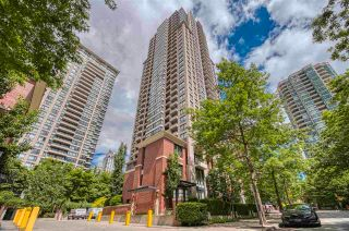 """Main Photo: 1308 909 MAINLAND Street in Vancouver: Yaletown Condo for sale in """"Yaletown Park 2"""" (Vancouver West)  : MLS®# R2590725"""
