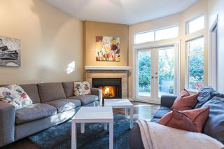 """Photo 2: 3428 WEYMOOR Place in Vancouver: Champlain Heights Townhouse for sale in """"MOORPARK"""" (Vancouver East)  : MLS®# R2116111"""