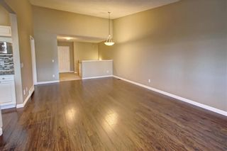 Photo 8: 86 VALLEY RIDGE Heights NW in Calgary: Valley Ridge Row/Townhouse for sale : MLS®# C4222084