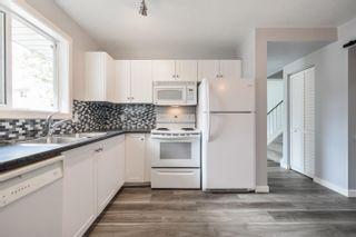 Photo 11: 50 WOODVALE Village in Edmonton: Zone 29 Townhouse for sale : MLS®# E4261364