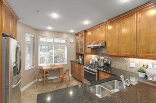 """Photo 4: 5372 LARCH Street in Vancouver: Kerrisdale Townhouse for sale in """"LARCHWOOD"""" (Vancouver West)  : MLS®# R2239584"""