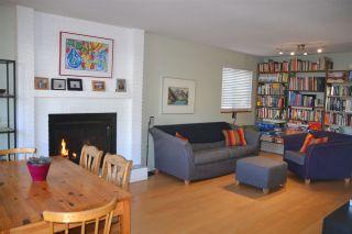 Photo 1: 939 E 11TH Avenue in Vancouver: Mount Pleasant VE 1/2 Duplex for sale (Vancouver East)  : MLS®# R2316093