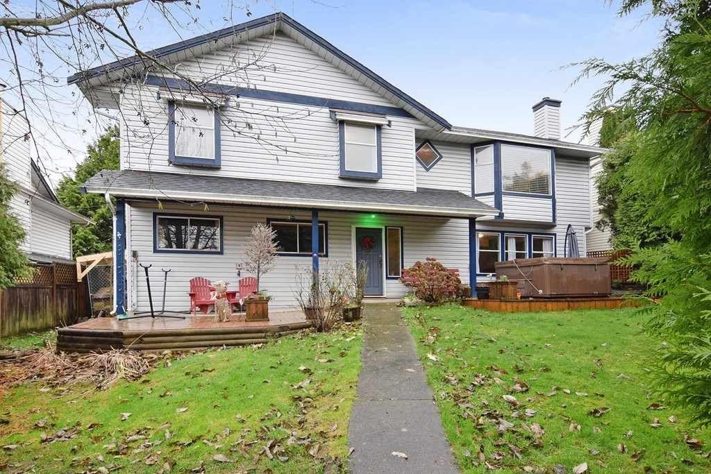 "Main Photo: 6179 192ND Street in Surrey: Cloverdale BC House for sale in ""Bakerview, Cloverdale"" (Cloverdale)  : MLS®# R2225882"