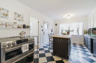 Photo 11: 106 COLLEGE Court in New Westminster: Queens Park House for sale : MLS®# R2599318
