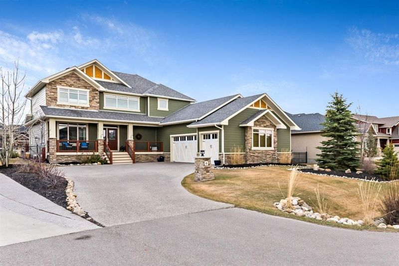 FEATURED LISTING: 8 Cimarron Estates Way Okotoks