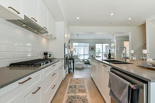 """Photo 7: 15 2825 159 Street in Surrey: Grandview Surrey Townhouse for sale in """"GREENWAY"""" (South Surrey White Rock)  : MLS®# R2286470"""