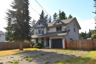 """Photo 1: 1488 WILLOW Street: Telkwa House for sale in """"Woodland Park"""" (Smithers And Area (Zone 54))  : MLS®# R2604473"""