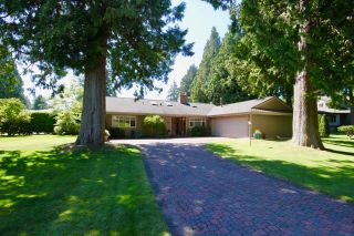 Photo 3: 4843 DOGWOOD Drive in Delta: Tsawwassen Central House for sale (Tsawwassen)  : MLS®# R2488213