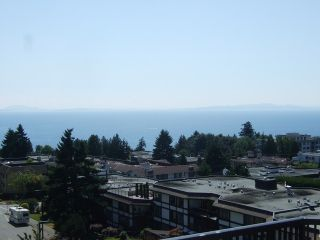 Photo 3: 204 1480 Foster Street in White Rock: Home for sale : MLS®# F1401330