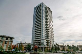 "Photo 2: 707 3102 WINDSOR Gate in Coquitlam: New Horizons Condo for sale in ""Celadon by Polygon"" : MLS®# R2569085"